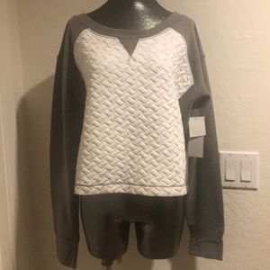 ZELLA Gray & ivory crop sweatshirt NWT